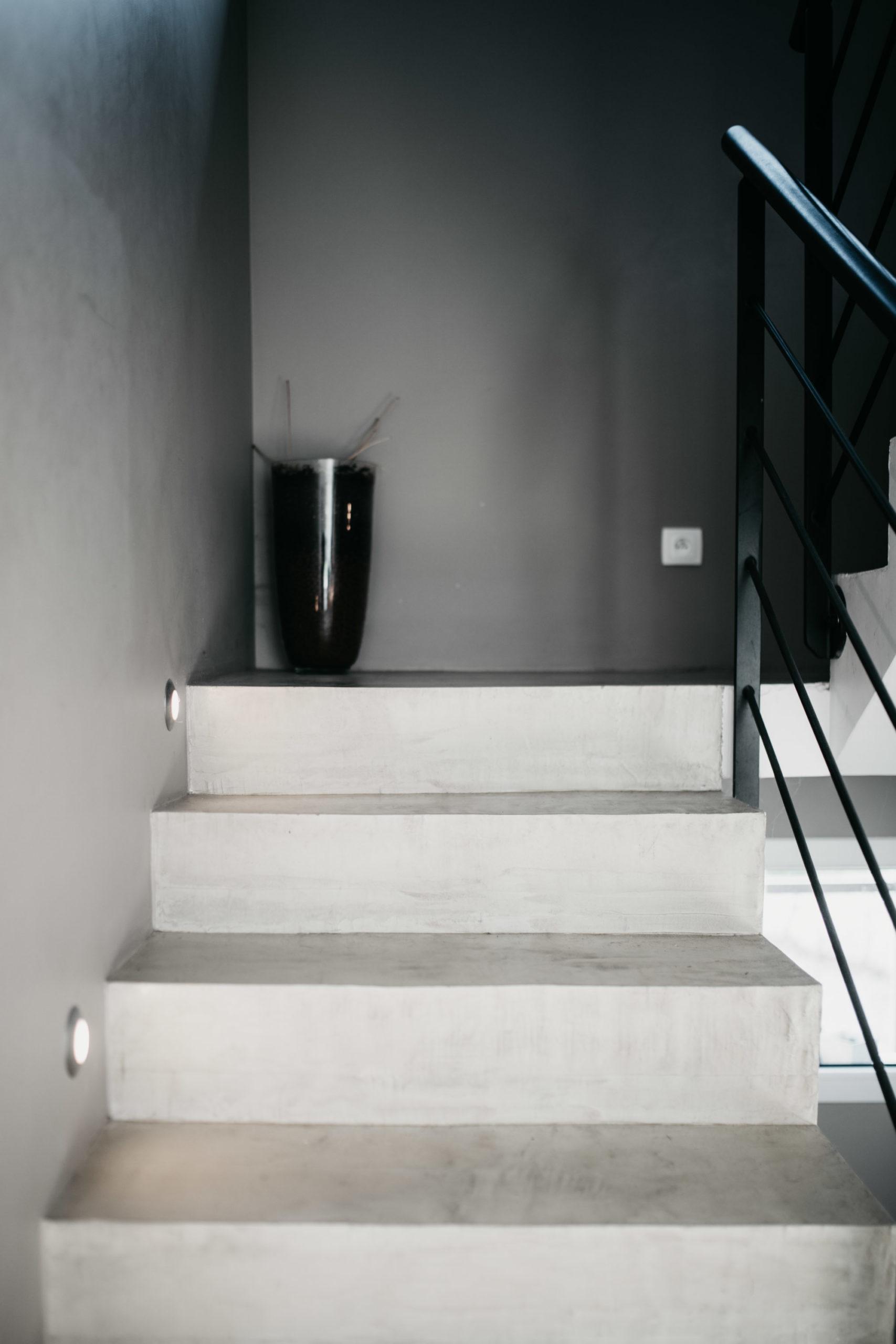 artisan-escalier-beton-cire-haute-savoie-3
