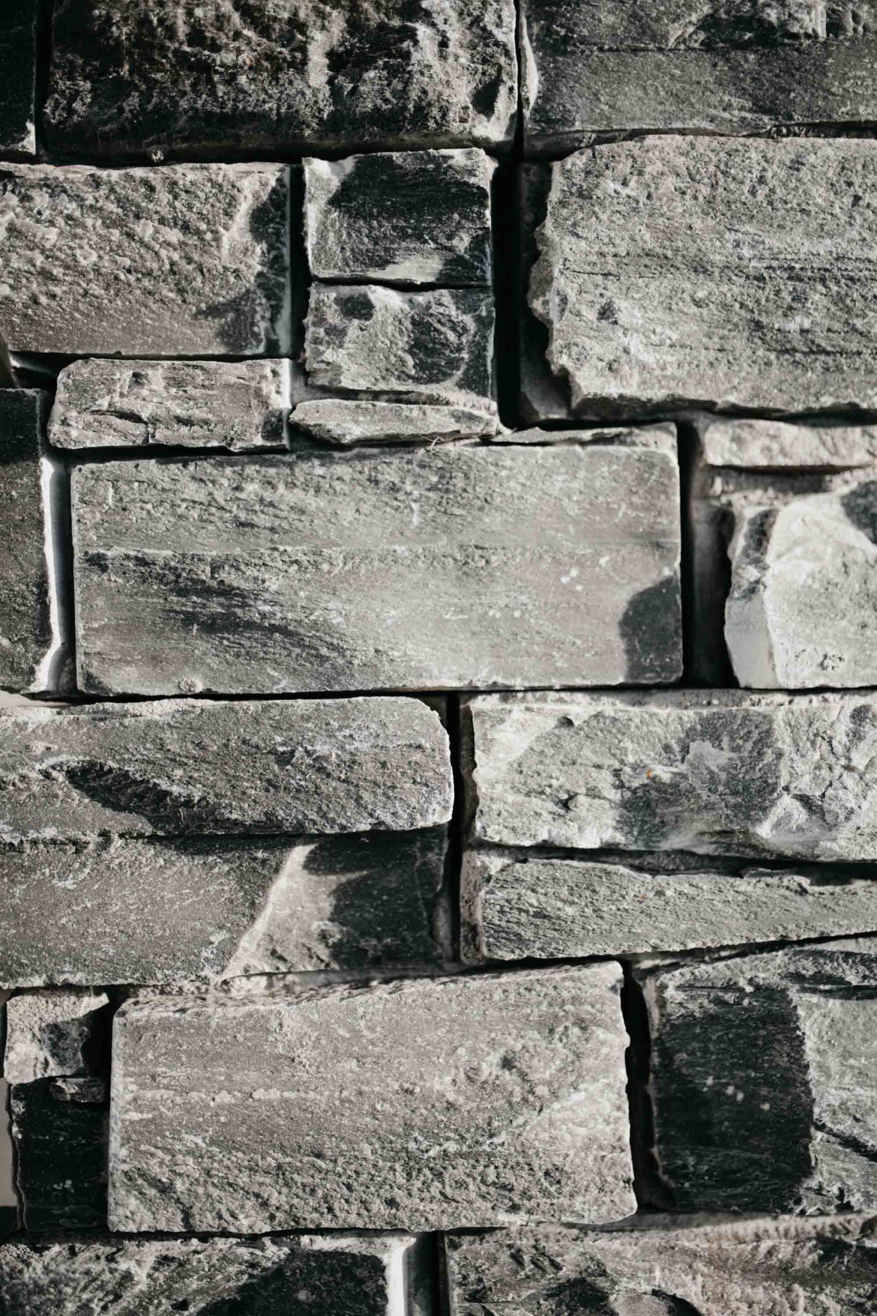pierre-naturelle-colonne-haute-savoie-13