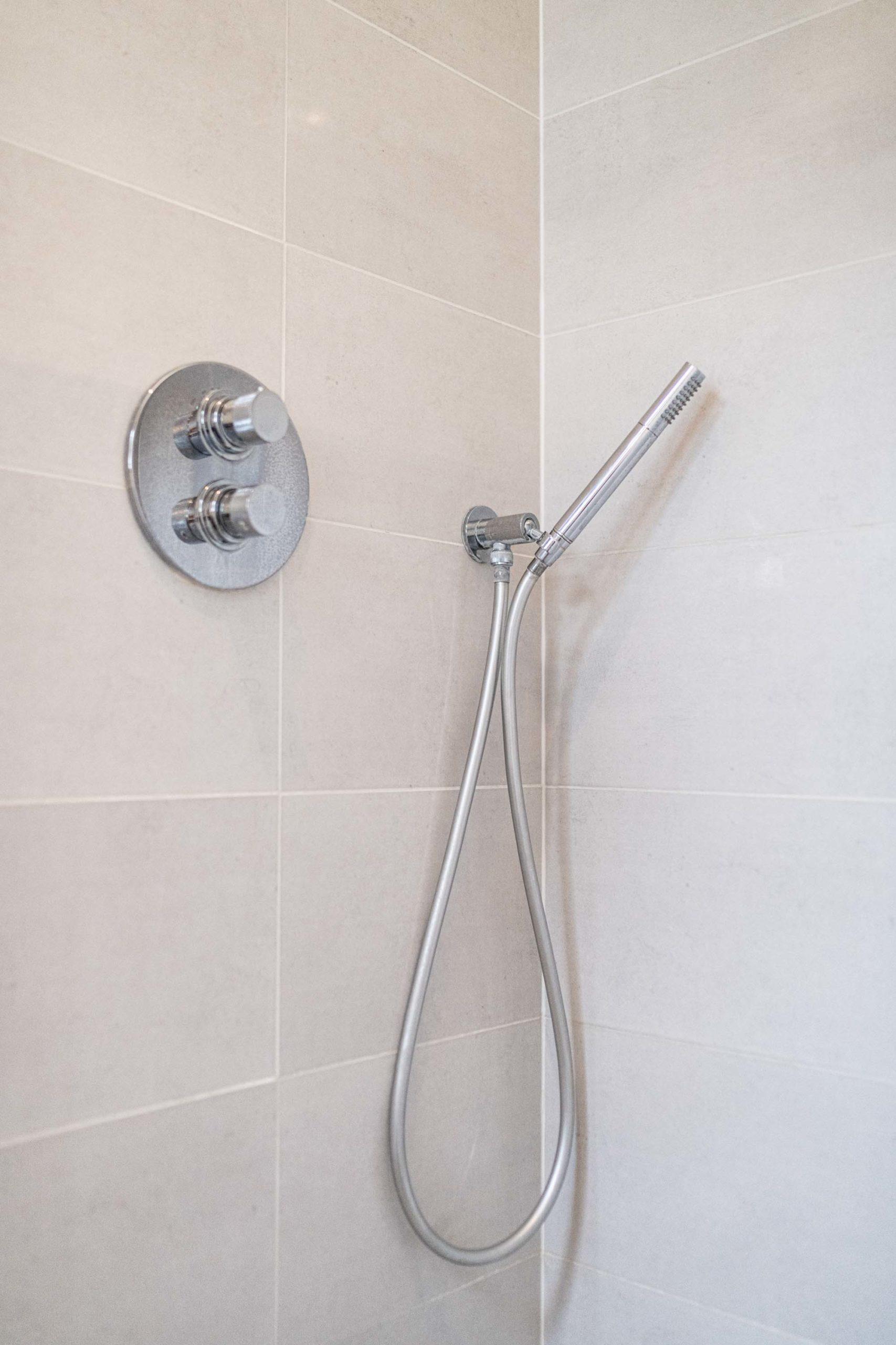 faïence-salle-de-bains-thonon-les-bains