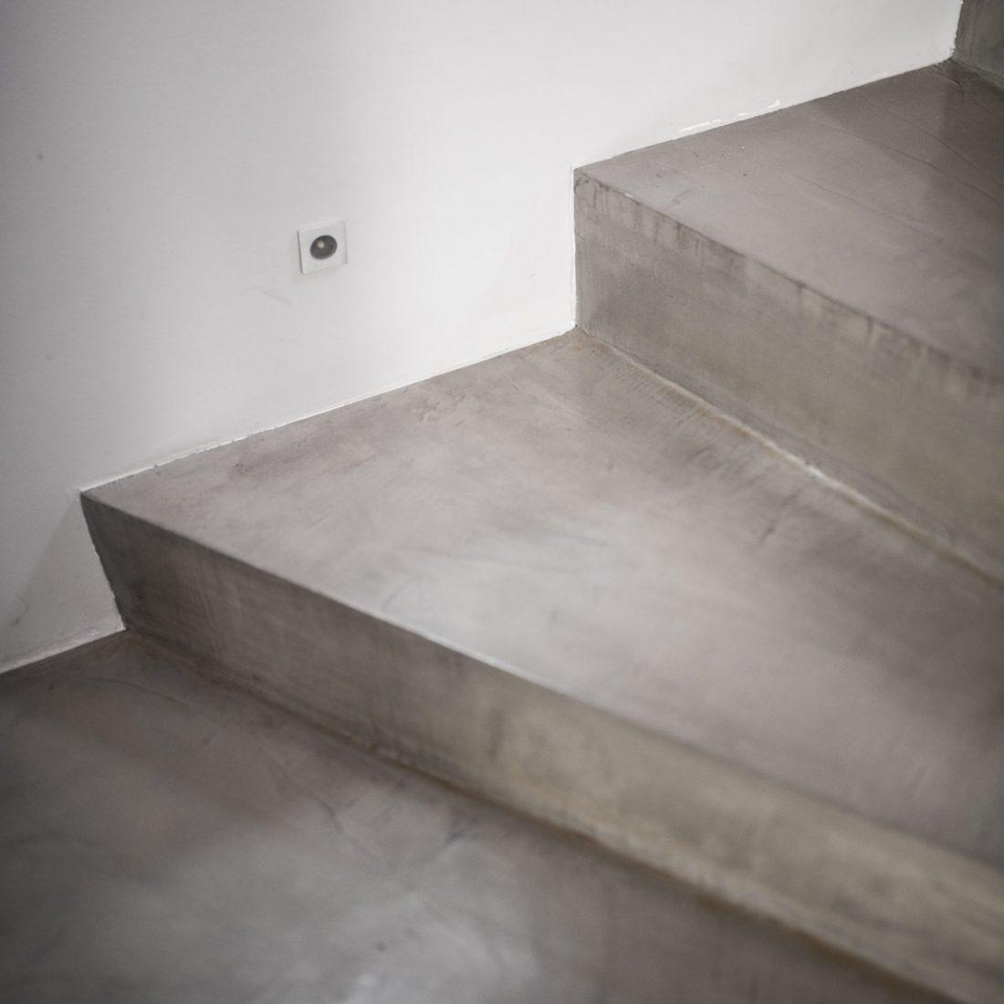 carrelage-maison-escalier-beton-cire-thonon-haute-savoie-4