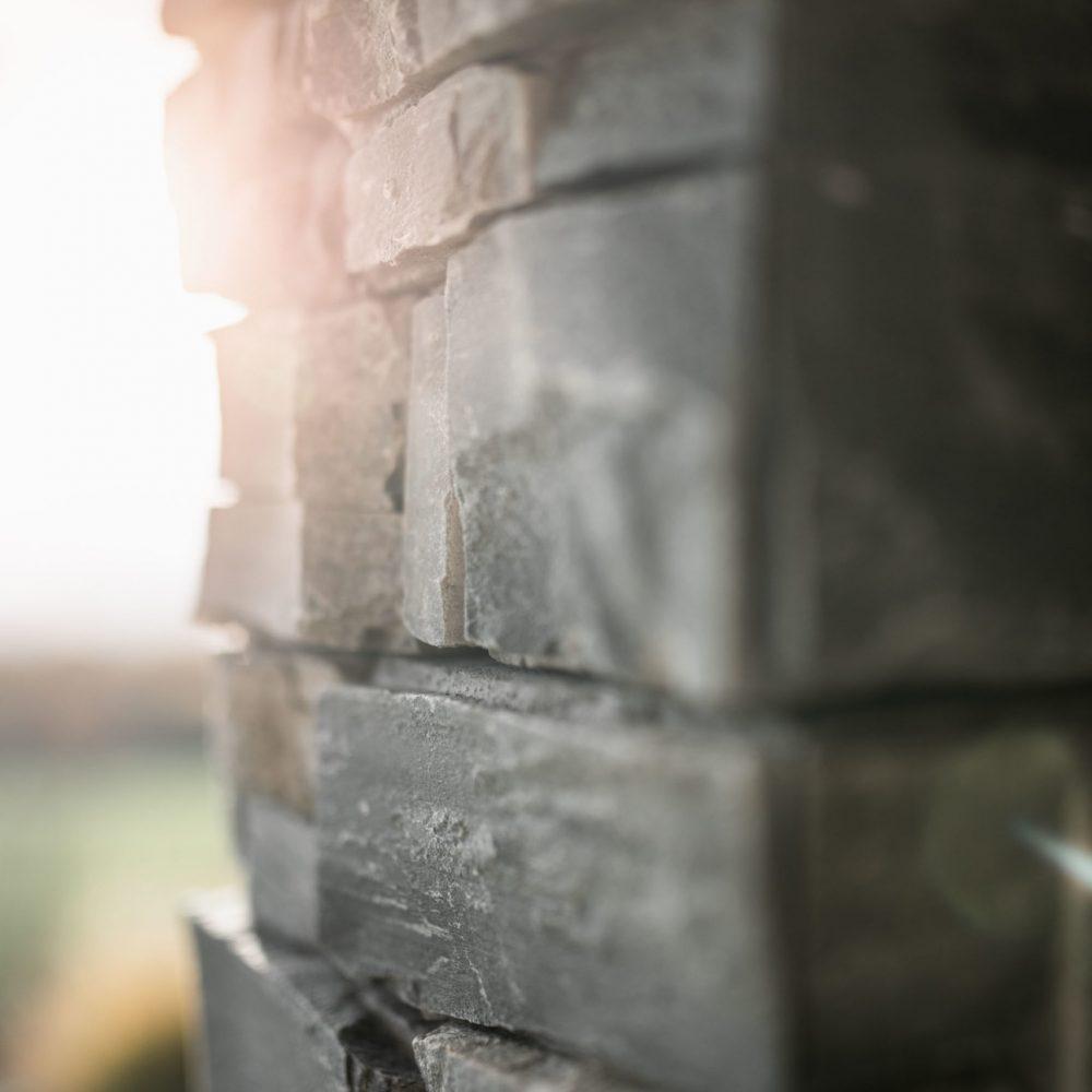 pierre-naturelle-colonne-haute-savoie-12