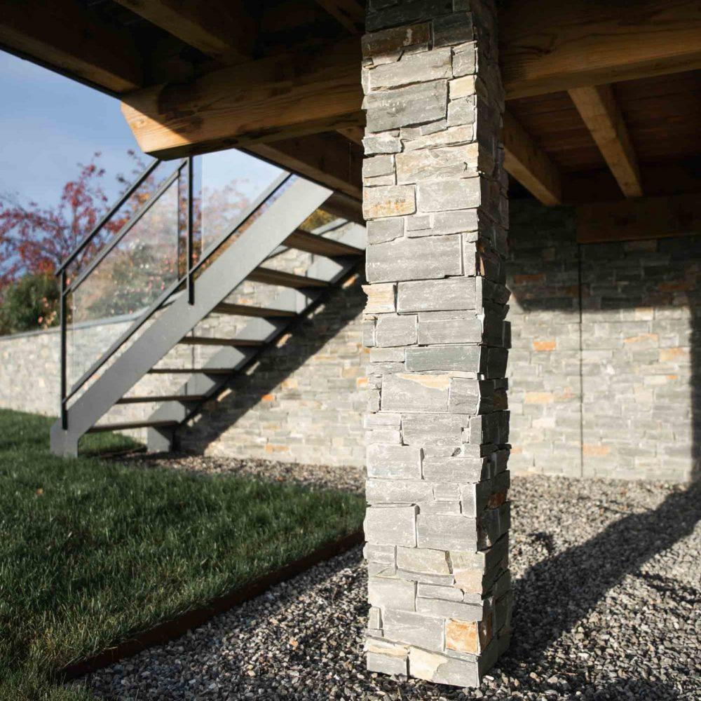 pierre-naturelle-colonne-haute-savoie-15